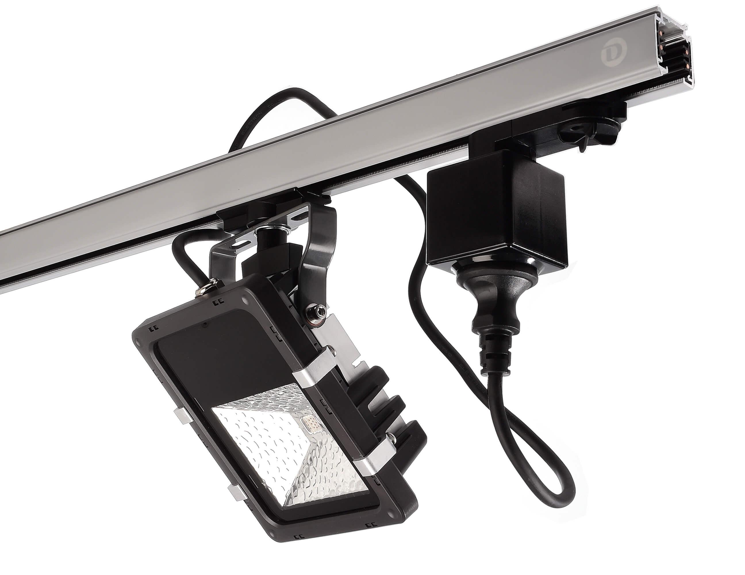710026 Steckdosenadapter schwarz Anwendung 2